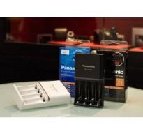 Bộ Sạc nhanh thông minh 4 cổng đèn Led Panasonic CC55 Smart & Quick Charger +pin panasonic BK-3HCD 2500mAh